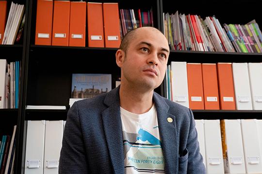 Илдус Галимов:«Например, недавно унас был случай:мама казанского ученика объездила три страны иосмотрела восемь школ, прежде, чем сделать свой выбор»