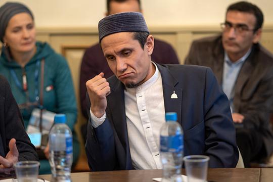 Проректор по науке БИА Абдулла Адыгамов не жалел эпитетов в адрес религиозного учреждения, назвав его «апогеем исламского образования со времен Ибн Фадлана»