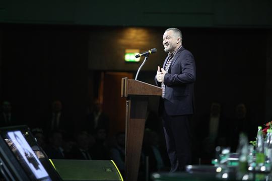 Рамиль Сабитов рассказывал, как волновался, делая фотографию с Миннихановым перед началом форума