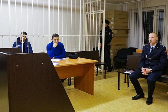 На избрание меры пресечения Андрею Сюрдову пришла почему-то исключительно молодежь — молодой адвокат, молодой следователь и молодая помощница прокурора