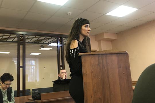 Екатерина Шигапова подтверждает, что у компаний в качестве залогов не было ничего, зато кредитный портфель на каждого составлял по 500-800 млн рублей