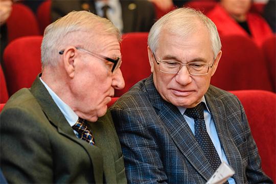 Рахим Гарай (слева) и Разиль Валеев