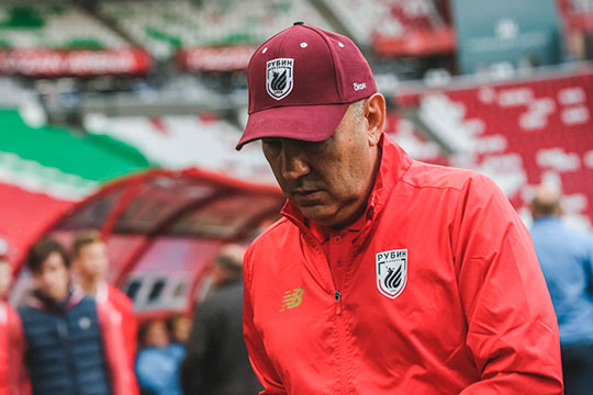 Уход Курбана Бердыева с поста тренера «Рубина» в череде заметных событий оказался ближе к концу рейтинга