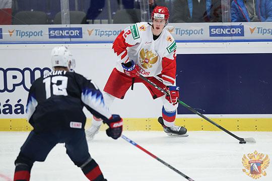 Молодёжная сборная России борется за выход в четвертьфинал молодёжного чемпионата мира. Защитник «Ак Барса» Даниил Журавлёв — ключевой игрок этой сборной