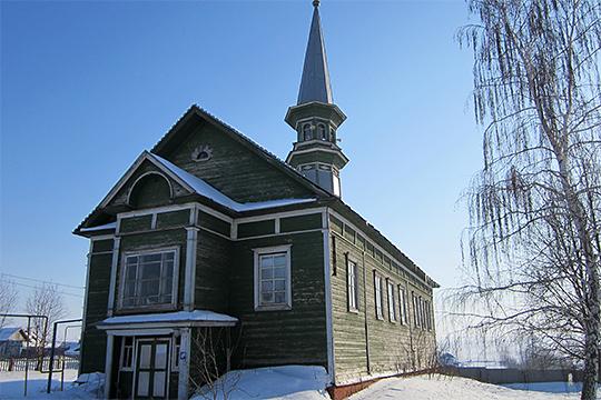 Архитектор-реставратор высшей категории работает над восстановлением мечети XIX века в селе Большая Елга