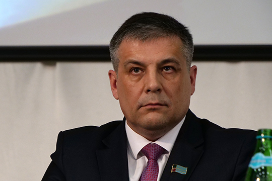 Глава поселения Альберт Салимов отчитался о проделанной работе в 2019 году: сдан пристрой к лицею на 800 учеников, проведен ремонт дорог, домов, велись работы по освещению