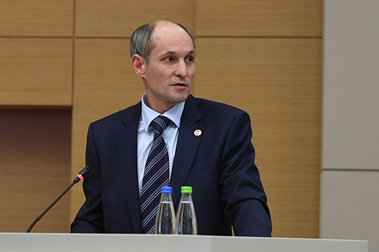 Замгендиректора ПАО «Татнефть» Азат Хабибрахманов сообщил, что на рекультивацию загрязненных земель компания потратила 500 млн рублей. Но назвать площадь земли не смог