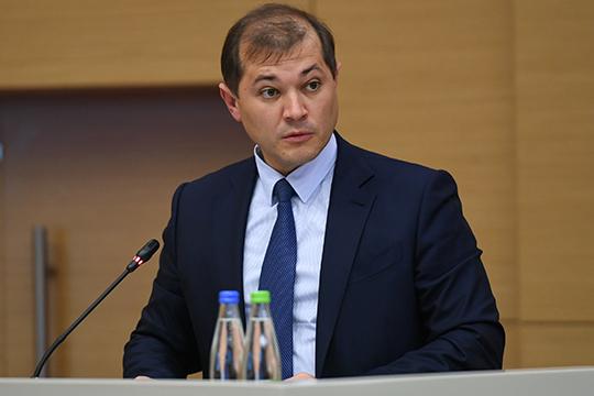 Слова главы Таифа Руслана Шигабутдинова (на фото) о том, что комплексное экологическое разрешение предприятия холдинга планируют получить в течение двух лет, вызвали удивление федерального руководителя