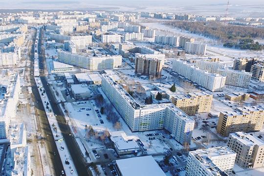 Суть претензий населения не сводилась только к обилию снега, возмущал и тот факт, что расчищаемый снег оставался на обочинах дорог вместо того, чтобы отправляться на полигоны
