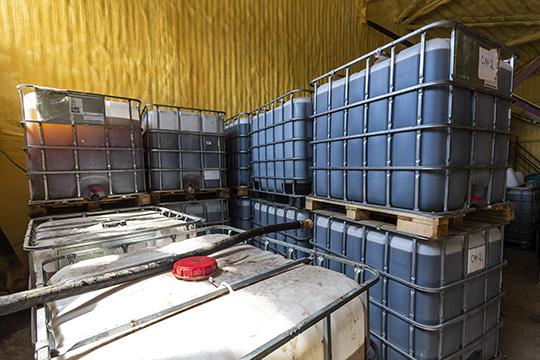 «Вбольших емкостях находятся добавки для бетонов, которые потребляют наиболее часто ивбольших объемах крупнейшие заводы Казани»