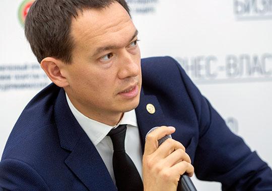 Тимур Нагуманов отметил, что представленные законопроекты не дают ответы на все вопросы