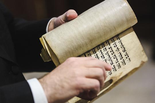 В казанской школе №12, которую в народе называют «еврейской», практически все ученики выбрали иврит в качестве родного