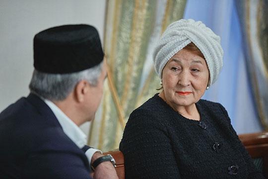 Зиля Валеева вспомнила свою совместную поездку с Шакировым в один из районов Татарстана
