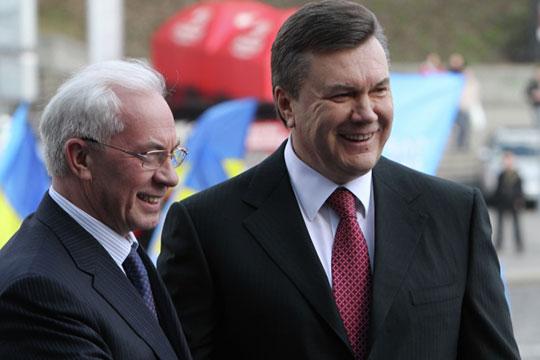 «Янукович мне сказал: «Слушай, если мы пригласим Лукашенко, то никто не приедет с Запада». Я: «Ну и черт с ними! Ты думаешь, они приедут и тут здорово раскошелятся? Для нас Белоруссия в сто раз важнее»