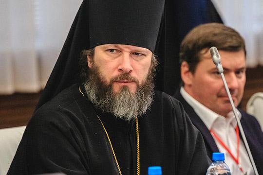 «Спокорностью воле Божией»: почему сразу два православных иерарха покидают Татарстан?