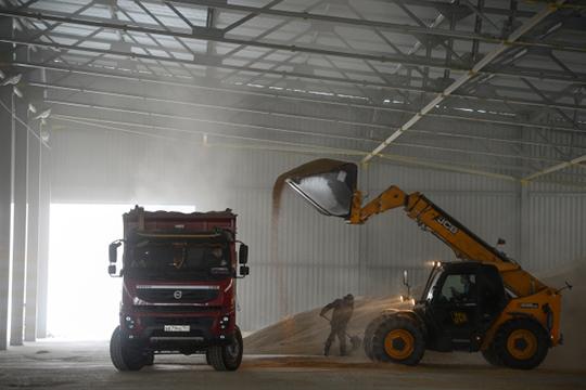Резонансная банкротная распродажа связана с имущественным комплексом крупного зернопереработчика «Казаньзернопродукт». Он выставлен на торги совсем недавно.