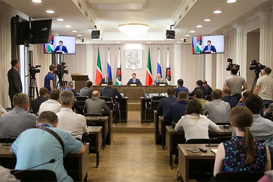 В исполкоме Казани прошло совещание городского штаба по вопросам внедрения раздельного сбора твердых коммунальных отходов (ТКО)