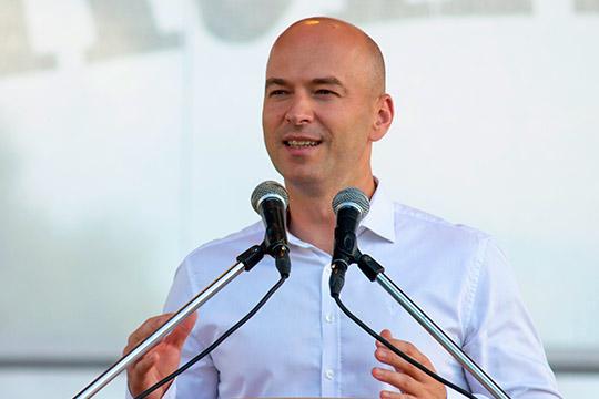 Сергей Ивановпрезентовалконкурс навыделение субсидий предпринимателям, которые привлекают вреспублику туристов