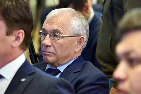 Поитогам предварительного голосования на67 месте оказался нынешний председатель Комитета пообразованию, культуре, науке инациональным вопросамРазиль Валеев