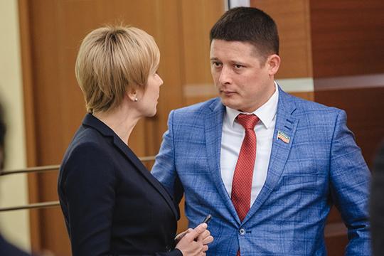 Есть запрос намолодых энергичных депутатов— таких, например, как новичок парламента казанский бизнесмен иблаготворительРустем Хасанов, избравшийся надовыборах впрошлом году