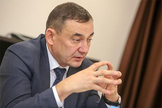 Марат Нуриев:«Что касается работы УАТИ, тотут более-менее все хорошо. Они лишнего ничего ниского нетребуют, все врамках закона.После смены руководителя управления, думаю, хуже нестанет»