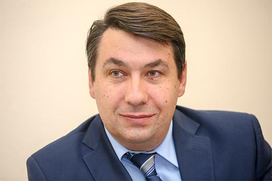 Олег Калимов:«Сприходом нового руководства, думаю, все натойже волне надо оставить, чтобы всегда был диалог, чтобы двери руководителя как были открыты, так ипродолжали быть открытыми»