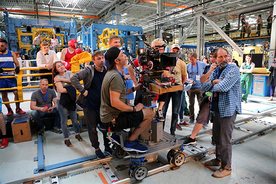 Киношники «проникли» на Казанский вертолетный завод. Как стало известно «БИЗНЕС Online» вчера там начались съемки фильма, пропагандирующего труд в реальном секторе экономики