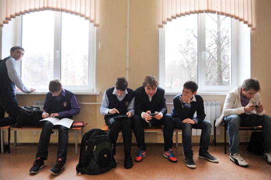 «Директора возомнили себя царьками!»: девятиклассников Татарстана опять загоняют вПТУ?
