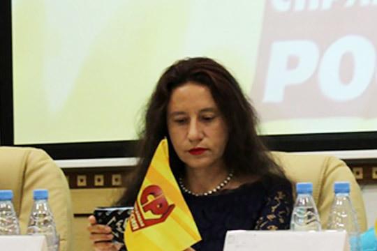 Яркая представительница различных экодвижений—ЮлияФайзрахманова— зарегистрирована поСайдашевскому округу №30 от«Справедливой России»