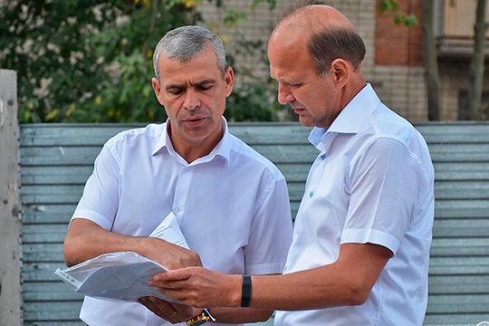 «Бриз» Андрея Белякова (слева) строит и свои проекты, и дома обманутых дольщиков