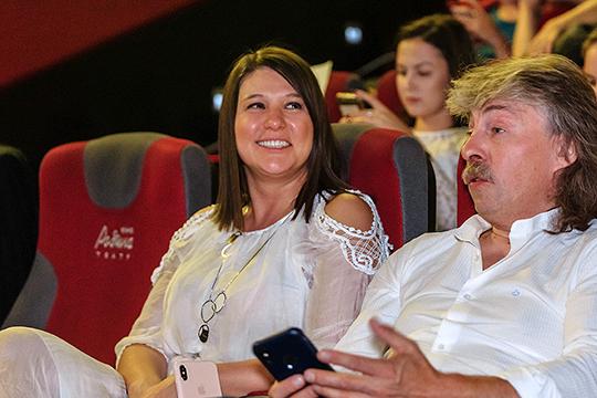 Талия Минуллина вместе со зрителями смотрела все фильмы и к концу показа сформулировала свое мнение о лучшем, вручив приз зрительских симпатий команде из Монголии