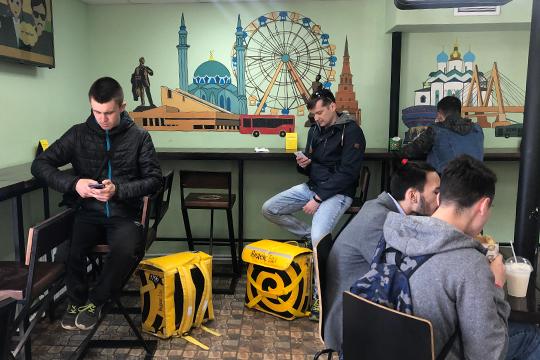 «Не хочется превращаться в компанию с огромным притоком и оттоком курьеров, как Яндекс»