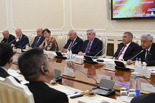 Президент РТ вспомнил все крупные проекты с участием Китая в республике