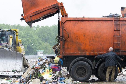 Титов предлагает сосредоточиться накрупных хабах поприему, сортировке ипереработке мусора. Такие хабы должны создаваться наусловиях государственно-частного партнерства