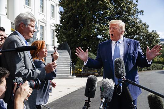 «Клоун— это несуть, аповедение. Он (Дональд Трамп) может вести себя клоунски, нопри этом играть насвою выгоду»