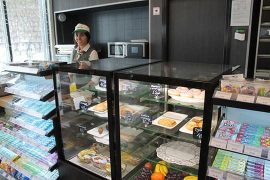 . На новых АЗС акцент будет также сделан на развитии нетопливного бизнеса — кафе и магазинов, автокафе, терминалов самообслуживания, автомоек