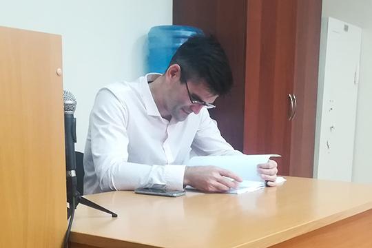 Адвокат ВасильеваАлексей Спиридоновотметил, что, как для человека, занимающегося предпринимательской деятельностью, такая мера пресечения будет слишком строгой