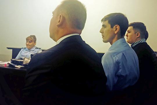 Все четверо вину не признали и поспешили выразить свое отношение к предъявленным обвинениям