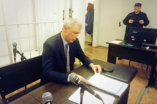 Адвокат адептов Дмитрий Колобов: «Кроме как в кругу семьи верующим негде собираться и проводить совместные богослужения. Но это не запрещено Конституцией! А их за это привлекают»
