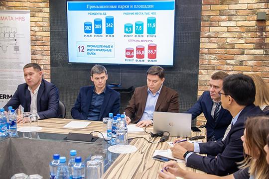 Завершая встречу, Магдеев не стал никому давать конкретных обещаний, однако заметил, что поэтапно многие из озвученных вопросов муниципалитет решает