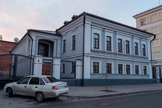 Самат Хакимов банкротит свою компанию «Симург», пытаясь сохранить за собой ее последний актив — исторический дом Садовского на набережной Кабана
