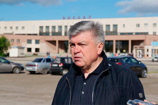 Близкие кмэру люди говорят отом, что Магдеев якобы планирует пойти наповышение ивозглавить какой-нибудь регион России— возможно, речь идет обУльяновской области