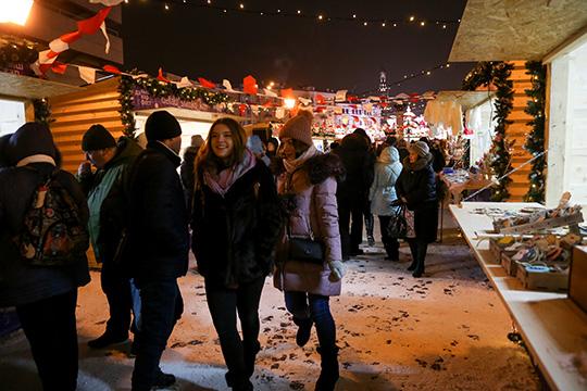 По словам Абзалова, всего в городе пройдет более 160 новогодних мероприятий на открытом воздухе