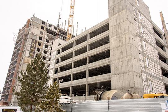 В двух 19-этажных башнях жилого комплекса NIKA планируется ввести 390 квартир— однушки, площадью 35-39 кв.м., »двушки» от 50 до 59 квадратов, «трешки» 63-65 кв.метров
