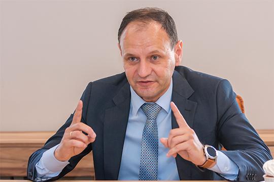 Олег Афанасьев:«Мыскорректировали только тучасть, которая зависит отситуации нарынке. Сейчас уже очевидно, что ранее заложенные параметры неосуществятся.Это нормальное явление»