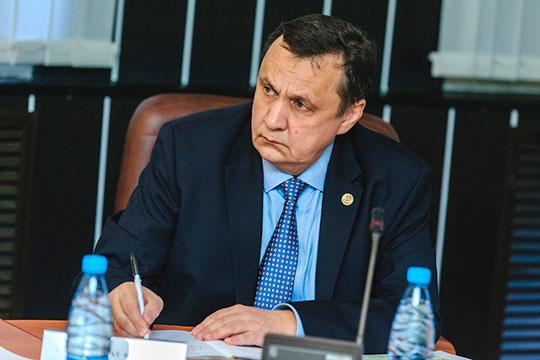 Ринат Сабиров: «Мы ходили по коридорам и решали задачу, как нам сохранить нефтеинспекцию. Но поддержки не нашли, поэтому Рустам Нургалиевич сказал: давайте сами ее воссоздадим, сами будем развивать»