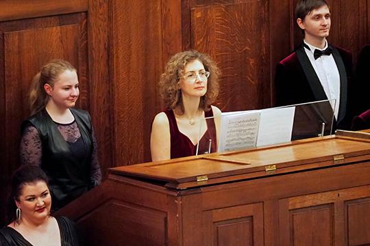 «Чтобы весь фестиваль партнером органа был симфонический оркестр — это действительно уникально и впервые», — отметила Евгения Кривицкая — профессор Московской консерватории, органистка, педагог, музыкальный критик