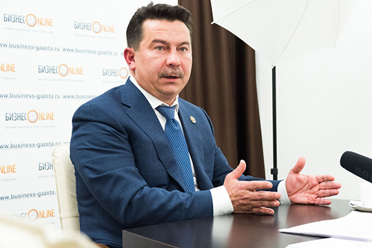 Марат Садыков: «Могу вас заверить в том, что Татарстан готов и к опасной ситуации. Мы можем развернуть более трех тысяч инфекционных коек в Казани, в Набережных Челнах, в центральных районных больницах»