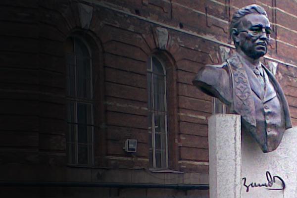 «Нет доказательств, что он нацист»: в Питере сносят памятник сооснователю Башкортостана